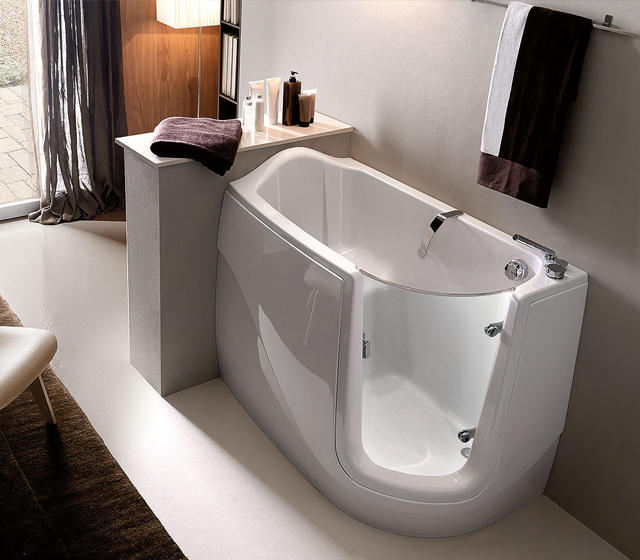La vasca da bagno come sceglierla per avere una stanza del benessere - Seduta vasca da bagno ...